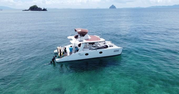 Inspire Flybridge entre particuliers et professionnel à Phuket