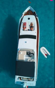 Firebird 68 entre particuliers et professionnel à Île d'Ibiza