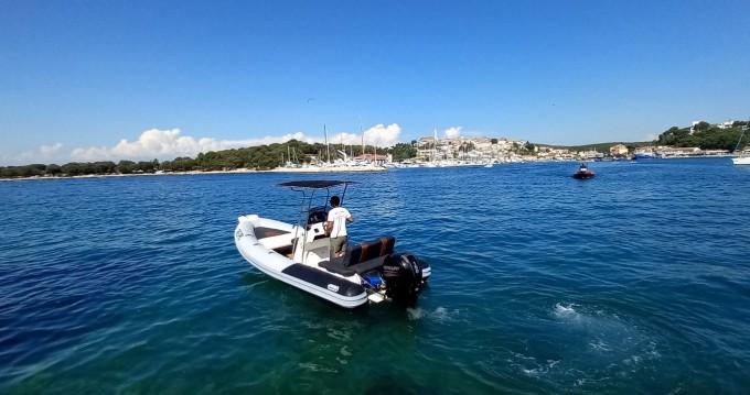 Location bateau Vrsar pas cher 599 RM