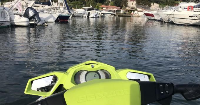 Location bateau Sea-Doo Gti 130 Pro à Nice Port sur Samboat