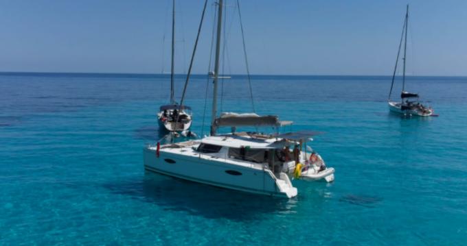 Location yacht à Saint Vincent - Fountaine Pajot Helia 44 sur SamBoat