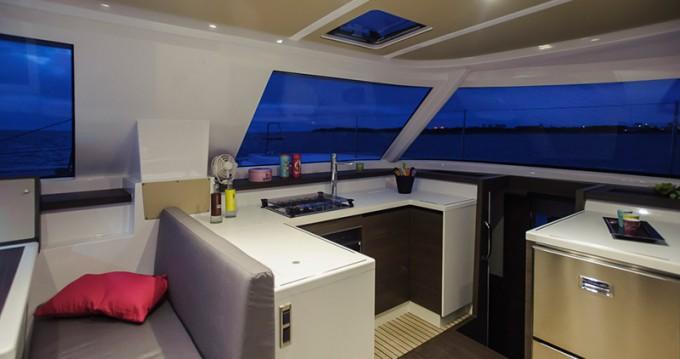 Location bateau Portocolom pas cher Nautitech 40
