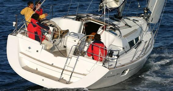 Jeanneau Sun Odyssey 39i entre particuliers et professionnel à Anzio