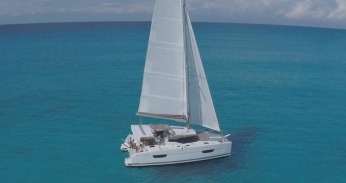 Louer Catamaran avec ou sans skipper Fountaine Pajot à Bas du Fort