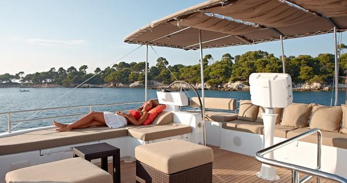Location Catamaran à Bas du Fort - Lagoon Lagoon 620 - 6 + 2 cab.