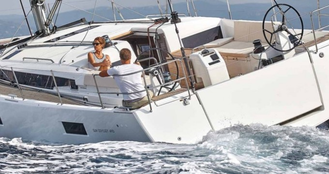 Louer Voilier avec ou sans skipper Jeanneau à Olbia