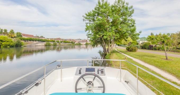 Location bateau Joigny pas cher 950E
