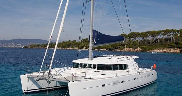 Catamaran à louer à Guadeloupe au meilleur prix