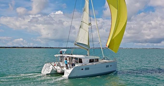 Location bateau Mahé pas cher Lagoon 400 S2