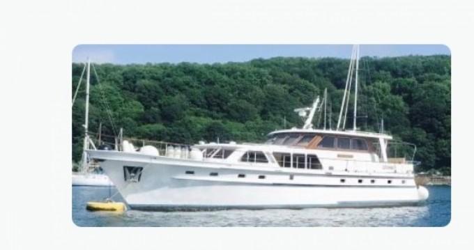 Location bateau La Rochelle pas cher SUPER VAN KRAFT 2100