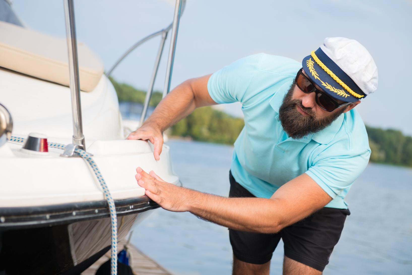 img-boat-handling